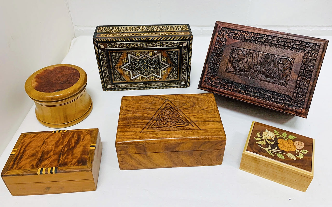 Australian jewellery boxes, handmade. Many are inlaid, carved, with parquetry and veneer, mother of pearl, in large and small sizes